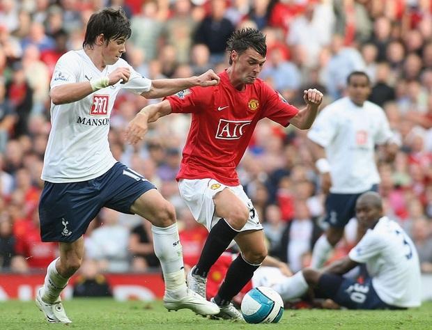 Siêu cầu thủ Ngoại hạng Anh: Đá 25 trận nhưng không biết đến chiến thắng - Ảnh 2.