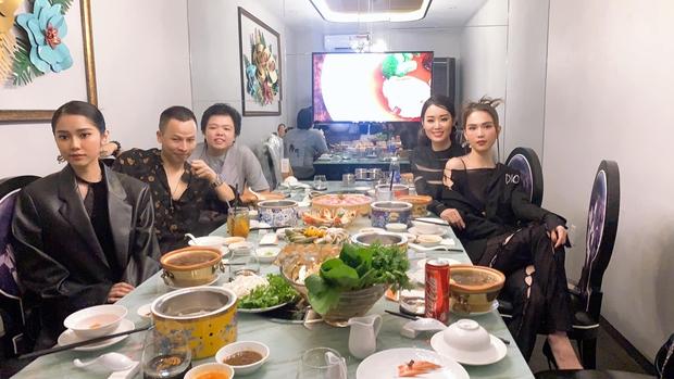 Sao Vbiz đón năm mới 2021: Hương Giang - Matt Liu kề cận tình tứ, Huy Trần viết lời ngôn tình rộ nghi vấn ở bên Ngô Thanh Vân - Ảnh 6.