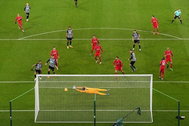 Liverpool bất lực trong trận đấu cuối cùng của năm, rơi vào tình thế đáng báo động - Ảnh 7.