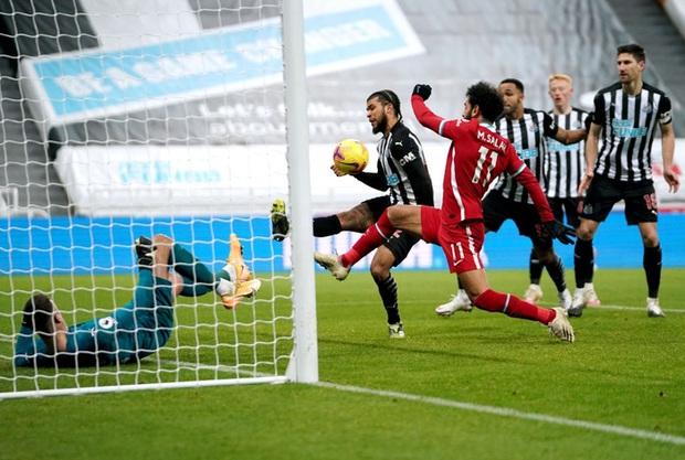 Liverpool bất lực trong trận đấu cuối cùng của năm, rơi vào tình thế đáng báo động - Ảnh 9.