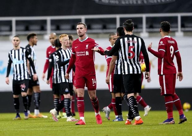 Liverpool bất lực trong trận đấu cuối cùng của năm, rơi vào tình thế đáng báo động - Ảnh 10.