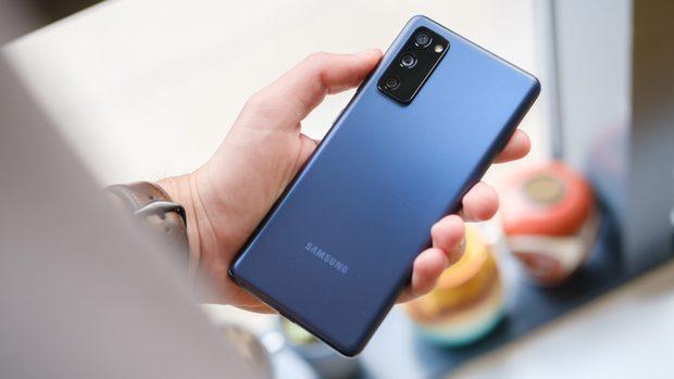 Điểm mặt gọi tên những chiếc smartphone gây thất vọng nhất năm 2020 - Ảnh 2.