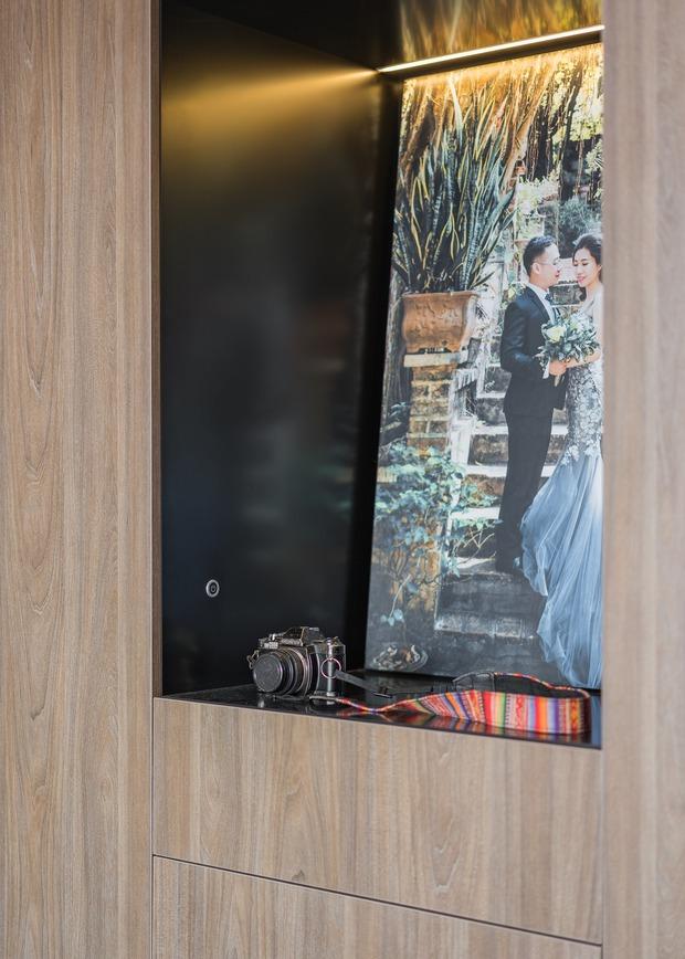 Đầu tư 200 triệu cải tạo phòng ngủ 20m2, vợ chồng kiến trúc sư thu về thành quả khiến ai cũng trầm trồ - Ảnh 7.