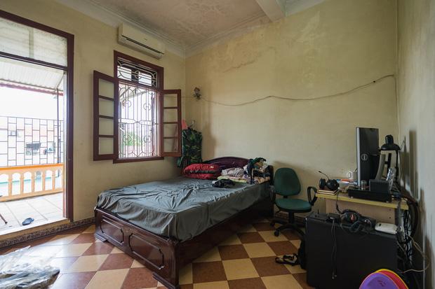 Đầu tư 200 triệu cải tạo phòng ngủ 20m2, vợ chồng kiến trúc sư thu về thành quả khiến ai cũng trầm trồ - Ảnh 3.