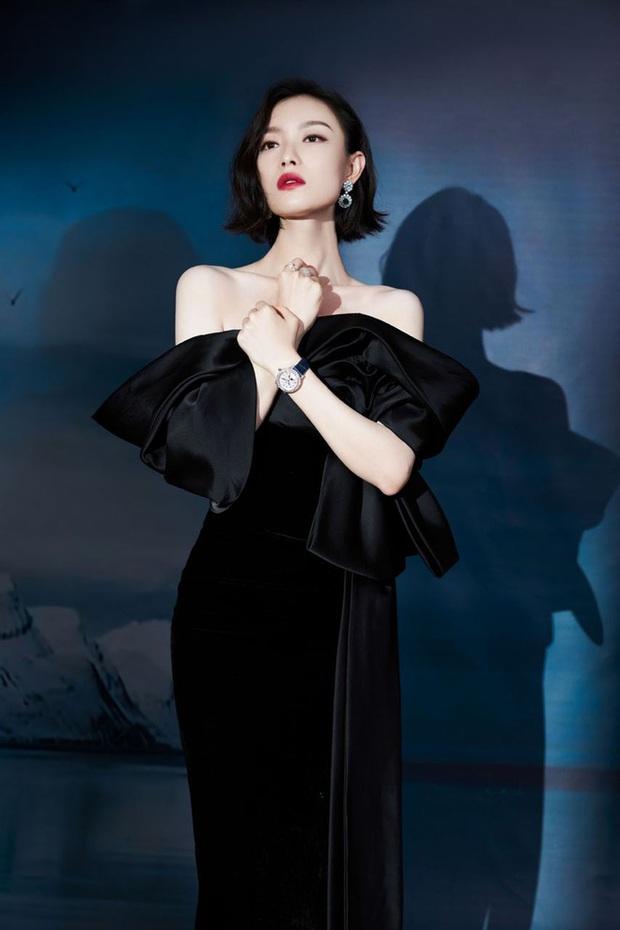 Thảm đỏ GQ 2020: Dương Mịch hoá cô tiên xanh chanh sả, Đàm Tùng Vận đẹp tinh khôi bên Dương Dương cùng dàn nam thần - Ảnh 8.