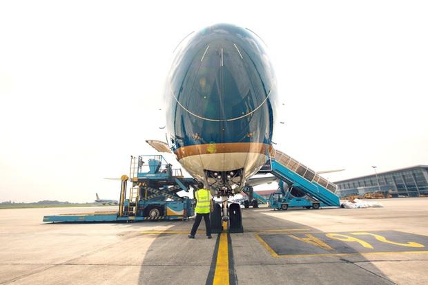 Đánh công văn hỏa tốc, Bộ GTVT yêu cầu Vietnam Airlines kiểm điểm trách nhiệm - Ảnh 1.