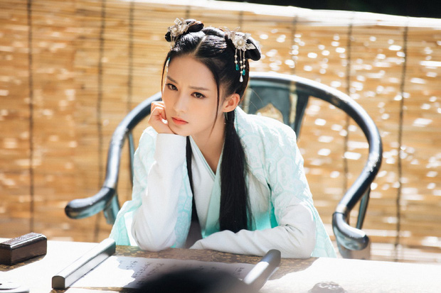 Lý Thấm một mình cân đẹp 4 kiểu nữ chính ở Lang Điện Hạ: Từ em gái nhà bên đến nữ cường hắc hóa đỏ cả mắt - Ảnh 5.