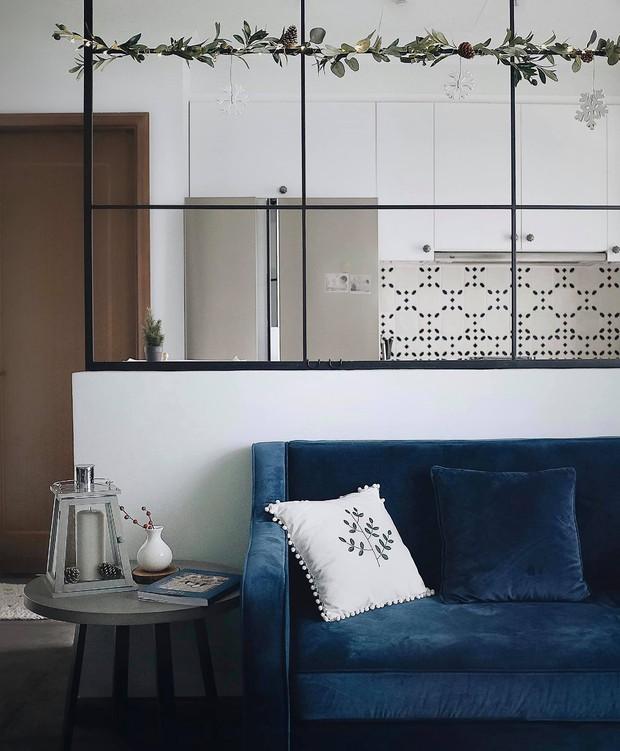 Căn hộ Vinhomes của nhà thiết kế nội thất: Tông màu xanh là lạ nhưng lên hình đẹp từng cm, sống ảo thì cực mê - Ảnh 2.