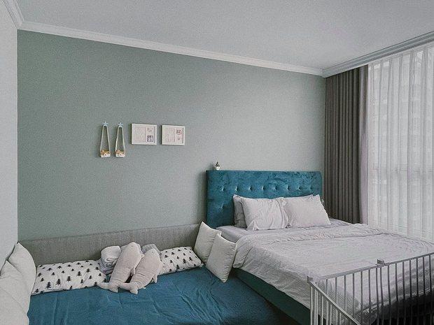 Căn hộ Vinhomes của nhà thiết kế nội thất: Tông màu xanh là lạ nhưng lên hình đẹp từng cm, sống ảo thì cực mê - Ảnh 9.
