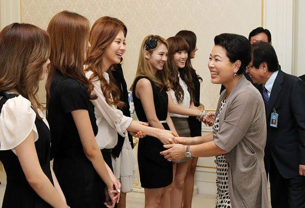 Sự thật ít người biết về SNSD: Suýt không thể debut vì mâu thuẫn nội bộ, Taeyeon từng từ chức trưởng nhóm - Ảnh 14.