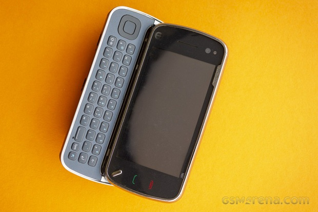 Nokia N97: tưởng iPhone killer hóa ra lại là thứ giết chết chính Nokia - Ảnh 4.