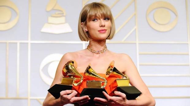 Taylor Swift xứng đáng là bà trùm bất động sản với  8 căn biệt thự, cái đắt nhất tận 25 triệu USD - Ảnh 1.