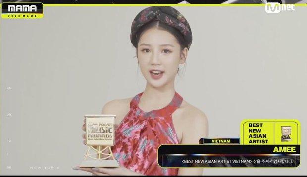 AMEE sánh vai cùng các nghệ sĩ quốc tế, đạt giải Tân binh Châu Á xuất sắc nhất tại MAMA 2020 đầy bất ngờ - Ảnh 2.