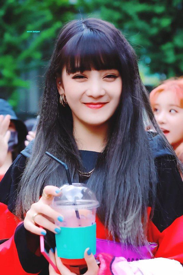 Knet khó tính chọn ra top idol cười đẹp nhất Kpop: Tiffany đúng là huyền thoại, Jennie (BLACKPINK) lên ngôi nhờ... má bánh bao? - Ảnh 12.