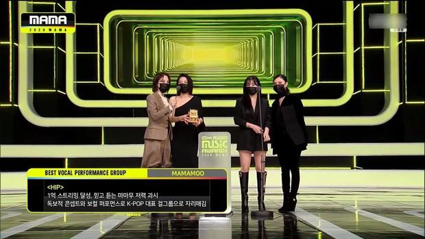 BTS toàn thắng tại MAMA 2020, BLACKPINK không tham dự vẫn vượt mặt TWICE gây bất ngờ, nhiều giải thưởng mới xuất hiện - Ảnh 14.
