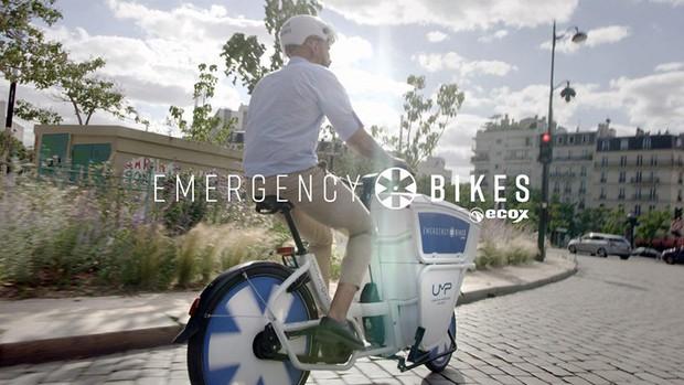 Pháp bắt đầu sử dụng xe đạp cứu thương - Ảnh 5.