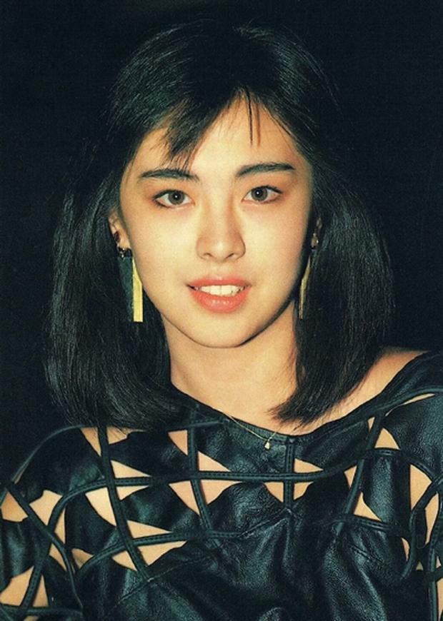 Tấm hình huyền thoại cực hiếm của 2 đại mỹ nhân Hong Kong 31 năm trước: Lý Nhược Đồng đã đẹp, Vương Tổ Hiền còn đỉnh hơn! - Ảnh 5.