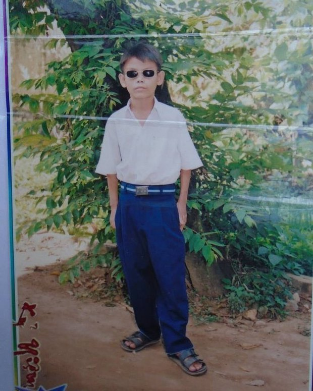 Hiện tượng mạng Soytiet khoe ảnh 16 năm trước, dân tình nháo nhào hỏi tuổi thật vì lâu nay cứ tưởng ông chú 50 tuổi - Ảnh 1.