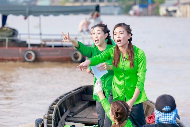 Võ Hoàng Yến, Mâu Thủy lôi cả danh xưng Siêu mẫu - Á hậu để mời chào khách mua hàng trên sông - Ảnh 6.