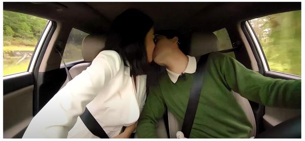 Sau 3 lần chạm môi bạn nam đồng hành, Nam Em tiếp tục ngất xỉu ở nhà hoang trong show hẹn hò - Ảnh 2.