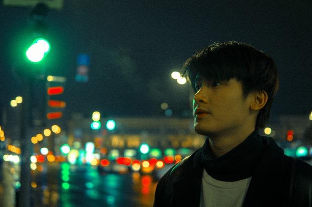 Chàng cựu du học sinh Nga lọt vào tầm ngắm hội mê trai đẹp vì vẻ ngoài giống Huỳnh Anh - Ảnh 3.