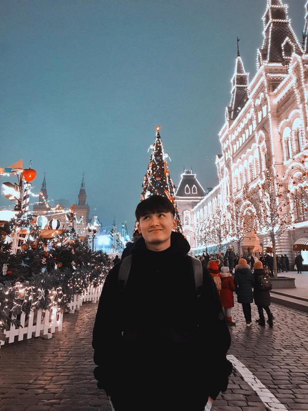 Chàng cựu du học sinh Nga lọt vào tầm ngắm hội mê trai đẹp vì vẻ ngoài giống Huỳnh Anh - Ảnh 5.