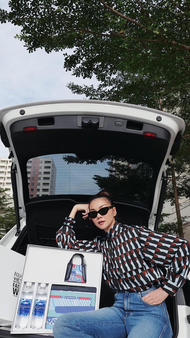 """Sao Việt """"unbox"""" hộp quà thời trang phiên bản giới hạn với thiết kế mang tinh thần BST mới của Aquafina - Ảnh 2."""