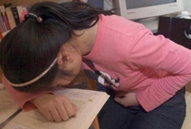 Mới 20 tuổi cô gái đã bị chẩn đoán mắc ung thư dạ dày chỉ vì 3 sai lầm trong ăn uống - Ảnh 4.