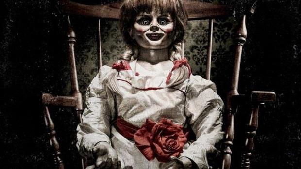Vào tiệm tạp hóa mua kẹo, cô gái chết đứng khi thấy cái tên đã bị nhái rùng rợn, cả bịch 50 viên mà chỉ ăn có 1 viên rồi bỏ hết đi - Ảnh 2.