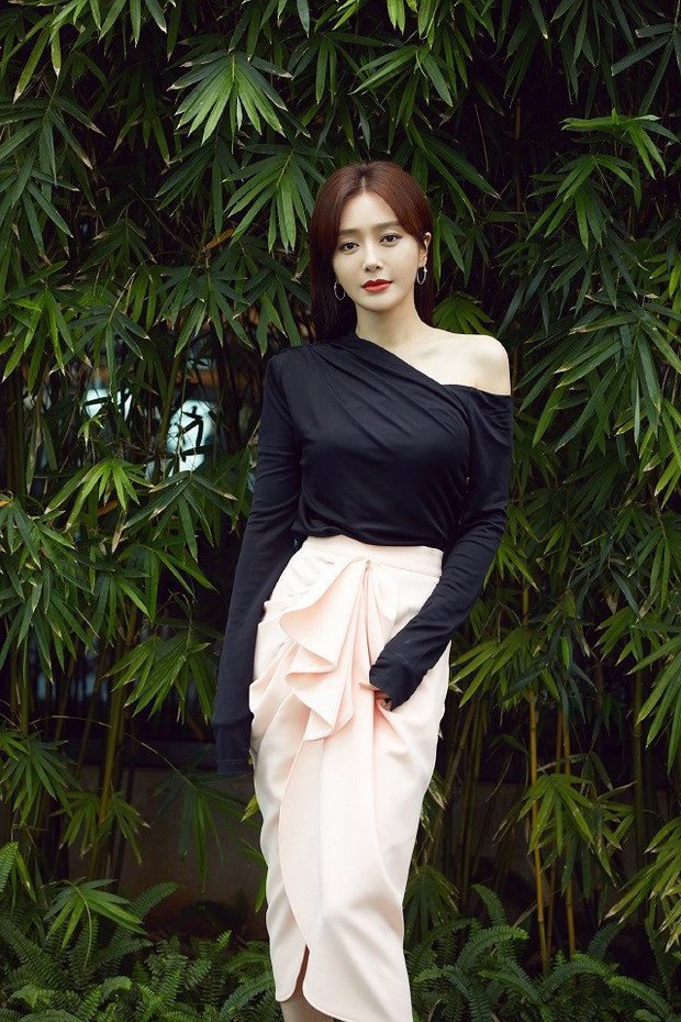 Top 10 sao nữ được yêu thích nhất 2020: Dương Mịch xếp thứ 8, Triệu Lệ Dĩnh - Dương Tử bị mỹ nhân khác cướp ngôi quán quân - Ảnh 5.