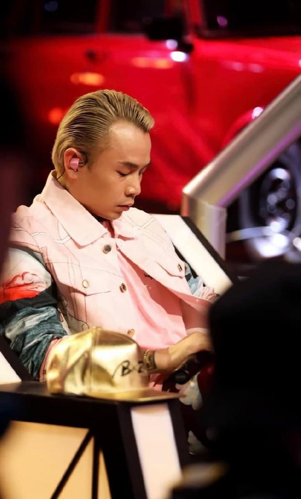 Khám phá quy trình sản xuất tai nghe custom đặc biệt mà Sơn Tùng M-TP, Binz luôn đeo khi biểu diễn - Ảnh 1.