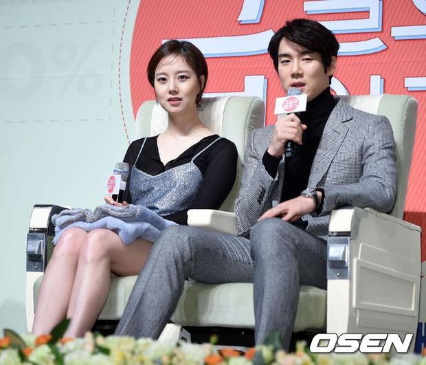 Tranh cãi phát ngôn về phụ nữ mặc đồ xuyên thấu của Yoo Yeon Suk (Reply 1994), đến minh tinh Moon Chae Won cũng phải tỏ thái độ - Ảnh 7.