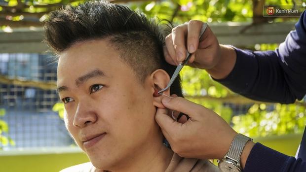 Khám phá quy trình sản xuất tai nghe custom đặc biệt mà Sơn Tùng M-TP, Binz luôn đeo khi biểu diễn - Ảnh 2.