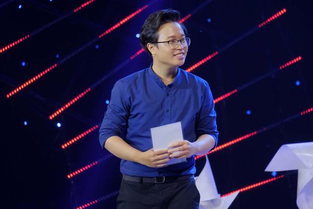 MC Nguyên Khang nói gì về việc người dẫn chương trình khóc nhiều trên sân khấu? - Ảnh 2.