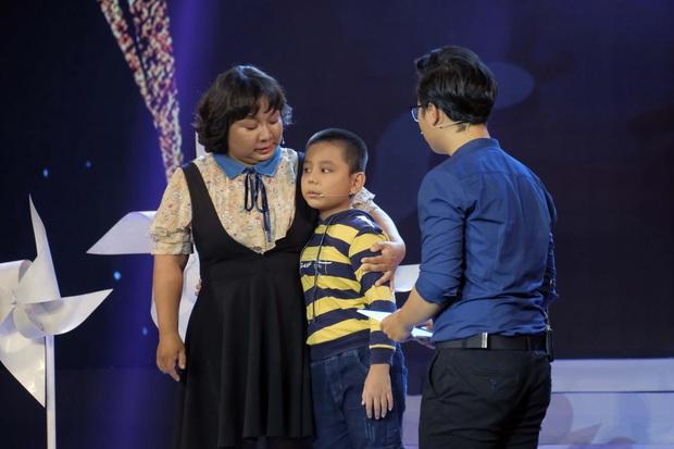 MC Nguyên Khang nói gì về việc người dẫn chương trình khóc nhiều trên sân khấu? - Ảnh 3.