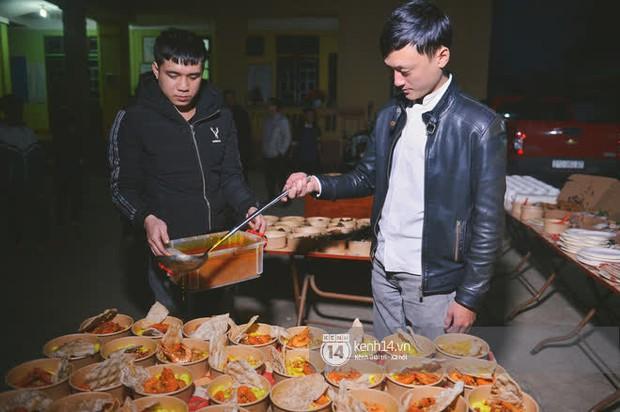 Ẩm thực 3 miền Việt đa dạng và hấp dẫn quá: Người Mông bất ngờ vì lần đầu tiên nếm thử món ăn miền xuôi - Ảnh 7.
