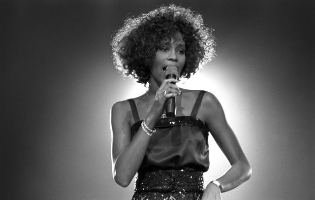Người duy nhất trong lịch sử có album all-kill mọi BXH trên thế giới: Là tượng đài âm nhạc, được tung hô là giọng ca nữ xuất sắc nhất có khác! - Ảnh 5.