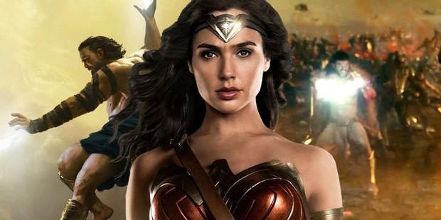 5 sai lầm siêu to khổng lồ của hội siêu nhân DC mà chị đẹp Wonder Woman 1984 làm ơn né giùm kẻo toang! - Ảnh 2.