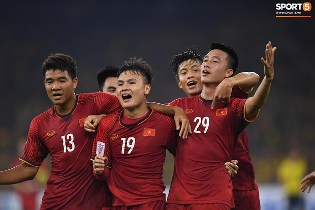 AFF Cup dời lịch, áp lực ngàn cân từ ĐTQG và U22 Việt Nam đè lên HLV Park Hang-seo - Ảnh 1.