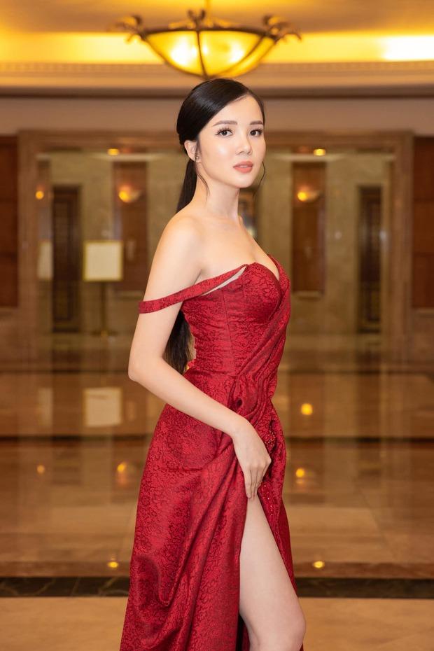 NTK Đỗ Long bức xúc tố vị khách không mời mặc sai dresscode, ngang nhiên chiếm chỗ tại VIFW, hóa ra là thí sinh HHHV Việt Nam - Ảnh 6.