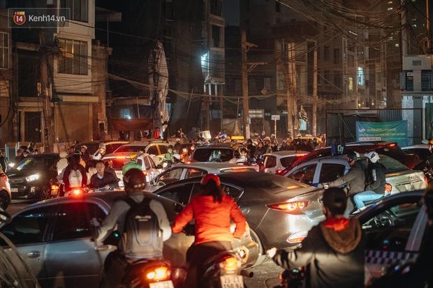Chuyện ở Hà Nội: Ùn tắc không mất đi, nó chỉ chuyển từ đường này sang đường khác! - Ảnh 8.