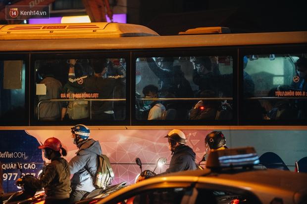 Chuyện ở Hà Nội: Ùn tắc không mất đi, nó chỉ chuyển từ đường này sang đường khác! - Ảnh 16.