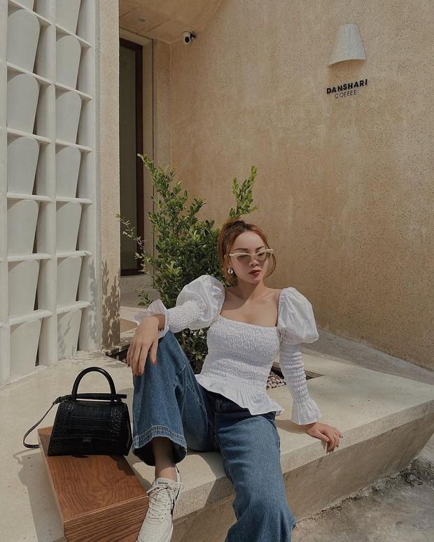 Instagram look của sao Việt tuần qua: Ngọc Trinh, Khánh Linh mix đồ bơi với giày dép chất chơi, riêng Lan Ngọc kín bưng dạo phố - Ảnh 10.