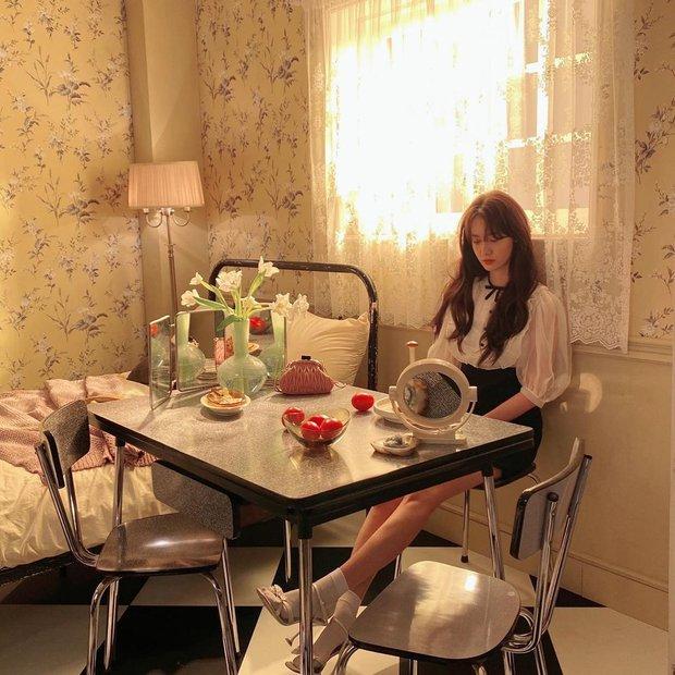 """""""Nhá hàng"""" tạp chí đang hot hòn họt của Yoona (SNSD): Ai ngờ cô đã U30, ảnh hậu trường kiểm chứng nhan sắc mới choáng - Ảnh 6."""