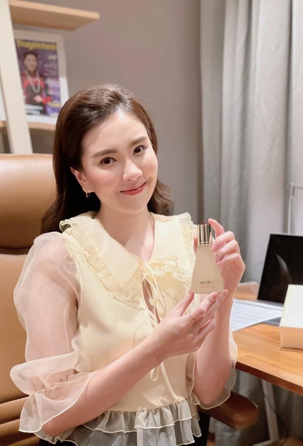 Loạt beauty blogger Primmy Trương, Thúy Võ và MC Mai Ngọc đều bị chinh phục bởi loại tinh chất dưỡng da siêu xịn sò này! - Ảnh 3.