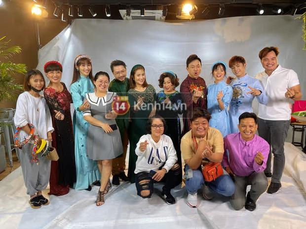 Dự án phim nghệ sĩ Chí Tài tham gia bỗng thành dang dở khi chỉ mới làm lễ khai máy, quay clip chúc Tết khán giả - Ảnh 1.