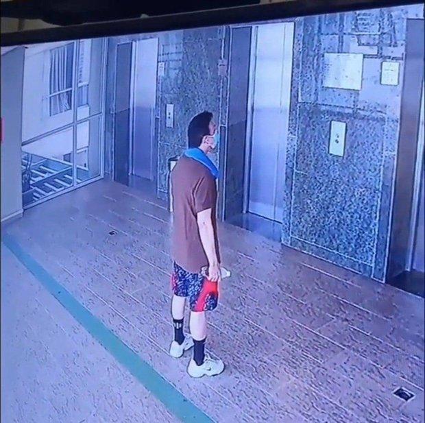 Hình ảnh cuối cùng của NS Chí Tài tại khu chung cư sáng nay trước khi qua đời - Ảnh 2.