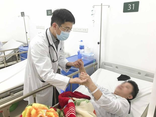 Bác sĩ nói về căn bệnh đột quỵ: Tỷ lệ tử vong cao, thời gian cấp cứu là cơ hội vàng để cứu sống - Ảnh 1.