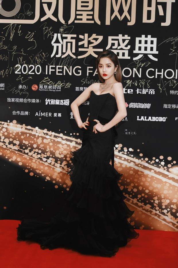 Dàn sao đổ bộ sự kiện Phượng Hoàng: Khổng Tuyết Nhi gây bão với visual công chúa, Jia (Miss A) chặt chém vì hình ảnh cực bốc - Ảnh 7.