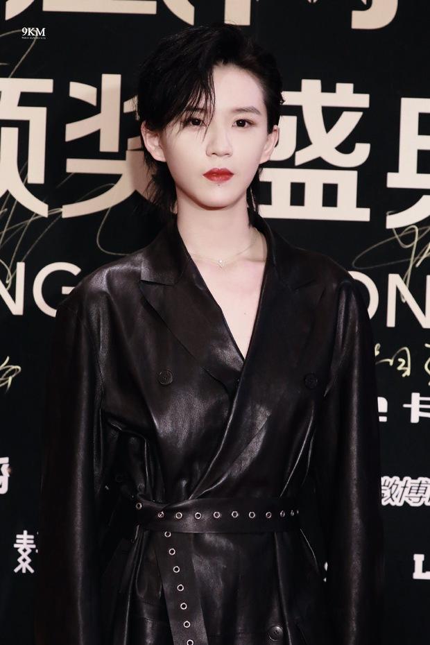 Dàn sao đổ bộ sự kiện Phượng Hoàng: Khổng Tuyết Nhi gây bão với visual công chúa, Jia (Miss A) chặt chém vì hình ảnh cực bốc - Ảnh 8.